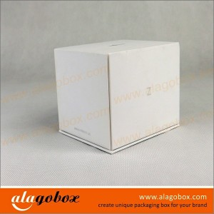 white boxes with lid and paper base