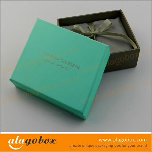 boxes with lid for jewelry with satin line