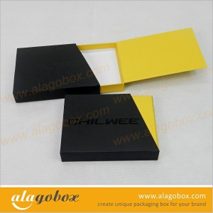 sliding boxes with custom shape sleeve