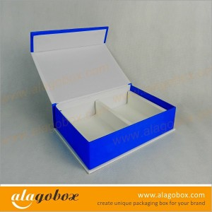 book style boxes with paper divider