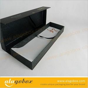 custom shape packaging boxes for cigarette