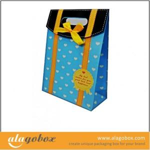 paper bag for apperal