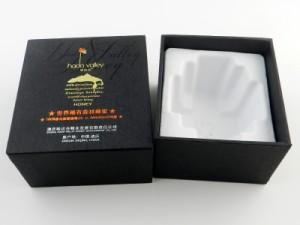 honey boxes with metallic logo