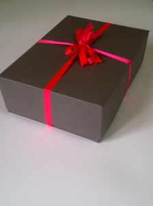 suit gift box with ribbon