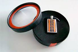 branded round box for earring
