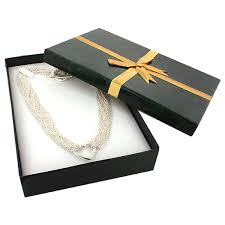 necklace boxes with ribbon