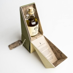 olive oil package with special wing