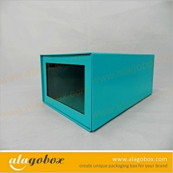 shoe box with window