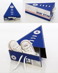 triangle shoe boxes