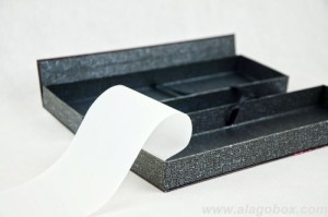 premium art paper box with butter paper