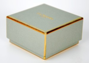 earring paper boxes with fashion design