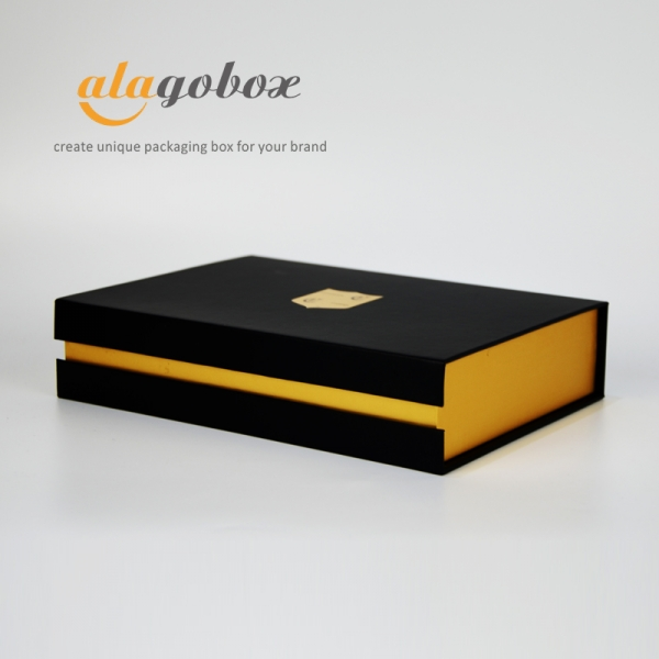 automatic products packaging as bookstyle